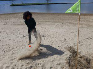 Strand golf in Wijk aan Zee